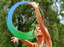 inge_med-Y2L-logo-i-skov-hg